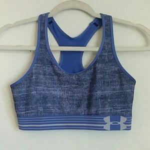 Under Armour sports bra size medium